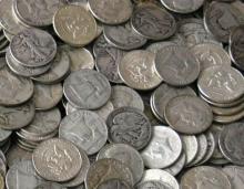 Lot of (100) Random Type MIXED Half Dollars 90%