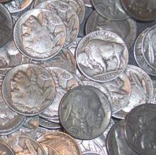 Lot of 500 Buffalo / Indian Head Nickels- RD