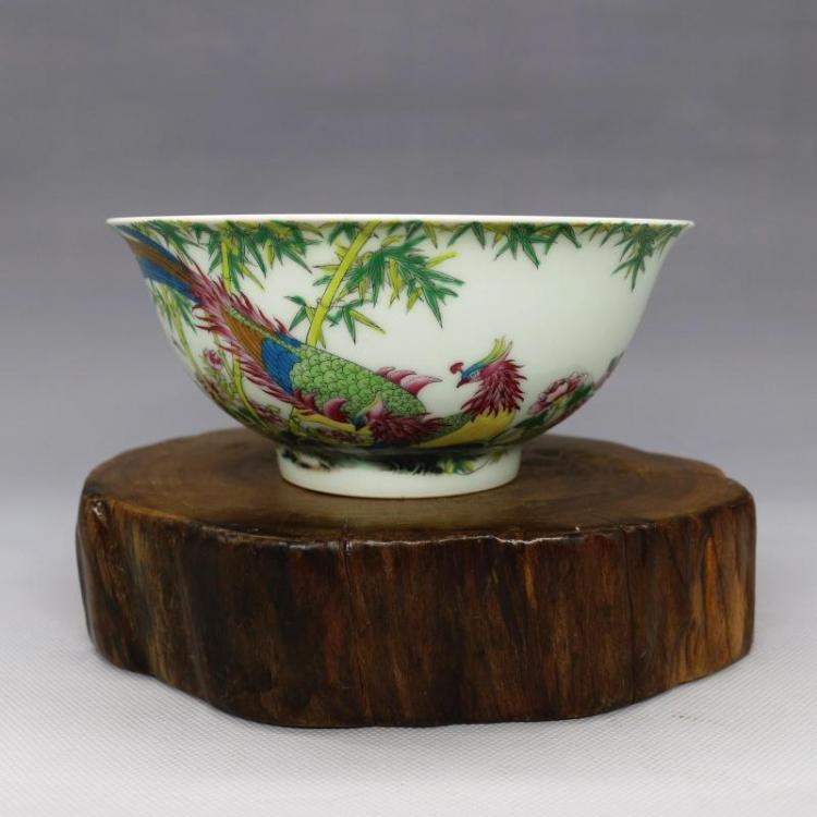 Chinese Qing Dynasty Chicken Enamel Porcelain Bowl
