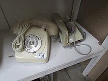 2 vintage telephones