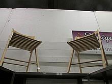 2 folding chairs