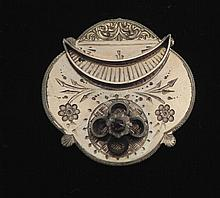 Antique Etched Gold Plated Victorian Brooch w/Ruby
