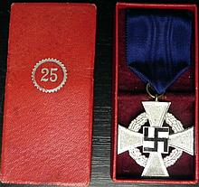 ORIGINAL CASED NAZI 25 YEAR FAITHFUL SERVICE AWARD