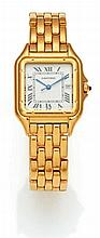 CARTIER Panthere. Men's wristwatch Switzerland Quartz. 750/- yellow gold, finished and imprinted dial, blued hands. Weight: 108 g. L. 20,0 cm, D. ca. 2,7 x 2,7 cm. Solid yellow gold wristwatch by Cartier. Quartz movement with date display. In