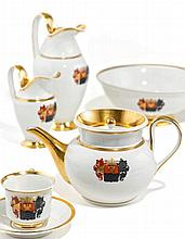 Kaffee- und Teeservice mit Wappendekor