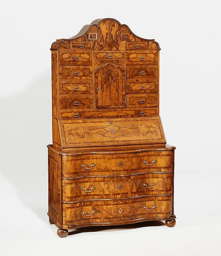 Baroque Secretaire à Deux Corps. Germany. Walnut,