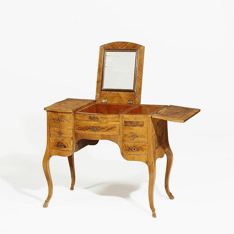 Louis XV. Poudreuse. France. 18th C. Cherry,