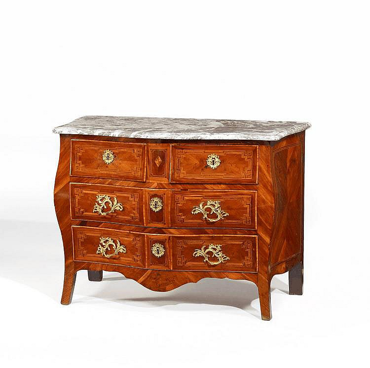 Louis XV. Chest of Drawers. France. 18th C.