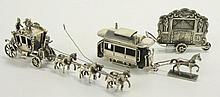 Een zilveren miniatuur ''gouden koets