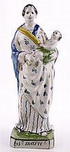 Een polychrome aardewerk beeld van Maria met kind.