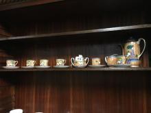 Fifteen piece Oriental lustre coffee set.