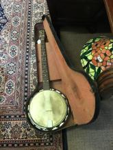 WHIRLE five string banjo.