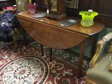 Georgian mahogany double drop leaf table { 150cm L }.