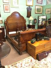 Superior quality Victorian mahogany sleigh bed. { 4' 8'' }