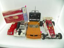 BOX LOT INCLUDING REMOTE CONTROL CARS, VINTAGE FIRE TRU