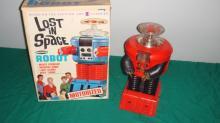 1966 Remco Lost In Space Battery Op Robot Works w/ box   1966 Remco Lost In Space Battery Op Robot Works w/ box