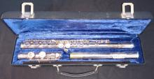 Gemeinhart Silver Plated Model 2SP Flute with case.