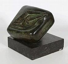 Hollandse School 20e eeuw Een abstract bronzen bee