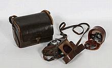 Een Leica II meetzoeker camera. Genummerd 92993.