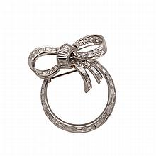 Platinum Bow Brooch, set with 20 brilliant cut and 34 baguette cut diamonds (approx. 2.00ct.t.w.)