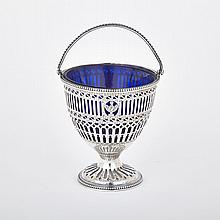 George III Silver Sugar Basket, Robert Hennell, London, 1780, height 5.5