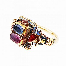 19th Century Neo-Renaissance 18k Yellow Gold Ring, set with an oval cut ruby and sapphire, and decorated with enamel