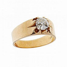 14k Yellow Gold Ring, set with an old European cut diamond (approx. 1.55ct.)