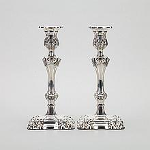 Pair of English Silver Table Candlesticks, London, 1973, height 11.6