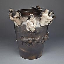 ROGER AKSADJUAK (1972-), DOG TEAM REUNION, ceramic, 16