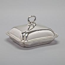 George III Silver Large Entrée Dish and Cover, James Young, London, 1791, length 11.5