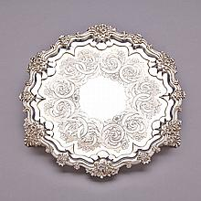 William IV Silver Shaped Circular Salver, Edward, Edward Jr., John and William Barnard, London, 1833, diameter 13