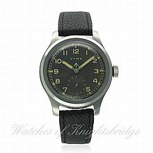 A GENTLEMAN'S STAINLESS STEEL BRITISH MILITARY CYM