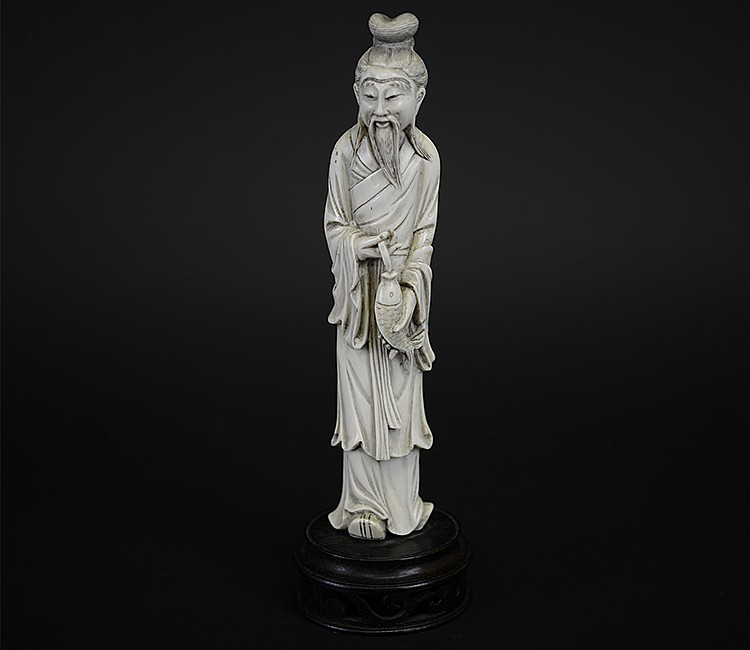 19th Century Chinese Ivory Figure