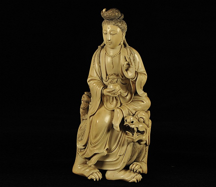 19th Century Chinese Ivory Figure of Guanyin