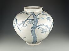 A Large Korean Blue and White Jar