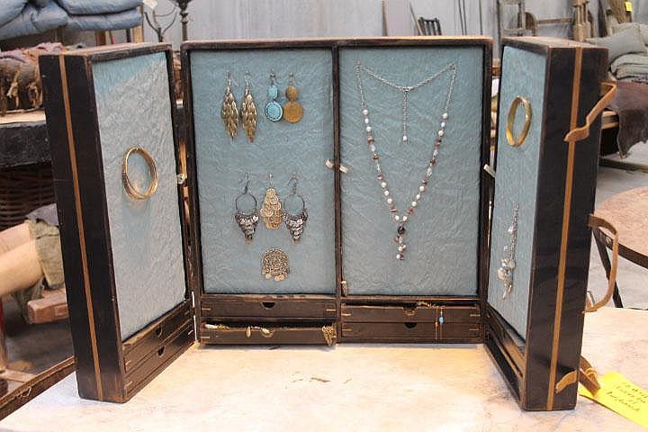 Lucretias Jewellery Box with Assorted Jewellery
