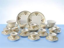 A Noritake Tea Set comprising of 12 Tea Plates, 12
