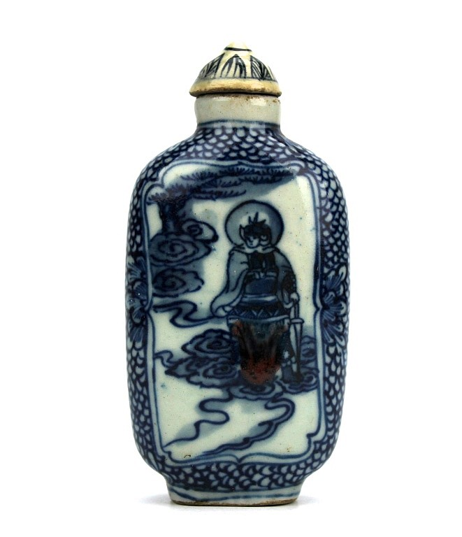 Chinese Blue & White Ceramic Snuff Bottle
