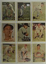 1957 Topps 9 Card Lot w. Luis Aparicio