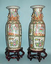 PAIR OF 19TH C CHINESE EXPORT ROSE MEDALLION PORCELAIN TEMPLE VASES: