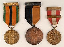1919-46: War of Independence medal, 1971 Truce Anniversary medal and Emergency Medal group