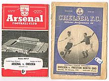 Football. 1947-1970s collection of English programmes including Chelsea, Arsenal, Manchester United, etc.