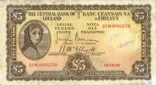 Central Bank 'Lady Lavery' mixed lot with some Italian notes.