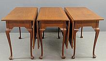 Fine Chippendale style walnut bench-made three-part banquet table with cabriole legs and drake feet, signed