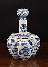 A Chinese Blue & White Porcelain Quintal Bulb Vase