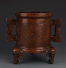 A FINELY ELEPHANT FOOT CARVING BRONZE CENSER