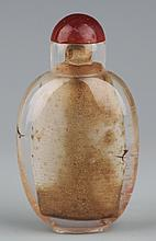 A GLASSWARE SNUFF BOTTLE WITH AGART COVER