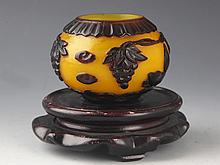 A FINELY CARVED YELLOW COLOR GLASS WATER POT