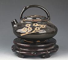 A BLACK COLOR ROUND PORCELAIN TEA POT