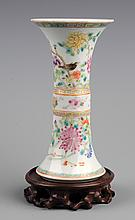 A VERY COLORFUL PAINTED PORCELAIN FLOWER JAR